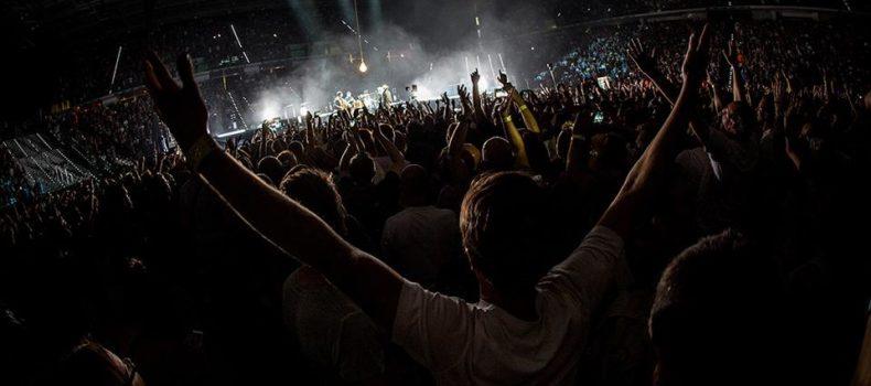 Capodanno, la musica dal vivo nelle piazze italiane: chi andare a vedere domani a Milano, Firenze, Napoli, Bari e in altre città per salutare il 2016