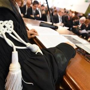 Trapani, picchia e insulta la moglie: condannato a due anni