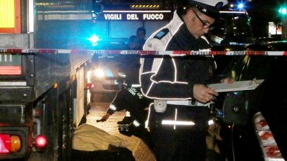 Perde il controllo dell'auto, palermitana muore in incidente a Pisa