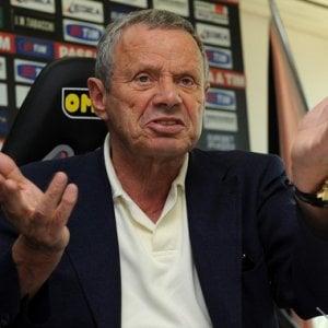 """Palermo, i tifosi """"ribelli"""" danno in beneficenza il prezzo del biglietto"""