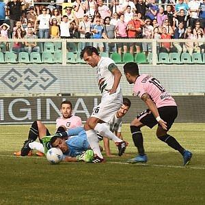 Il Palermo batte il Venezia e vola in finale: rosa a un passo dalla serie A