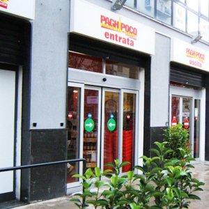 Palermo, sfondano la vetrina e svaligiano un supermercato a Partinico