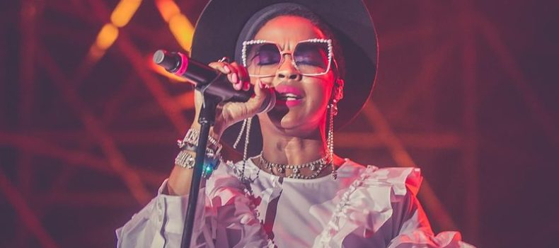 Lauryn Hill: 'licenziati' Nas e Santigold come supporter del tour