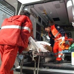 Palermo: niente elisoccorso, bimba nasce in ambulanza alla stazione di servizio