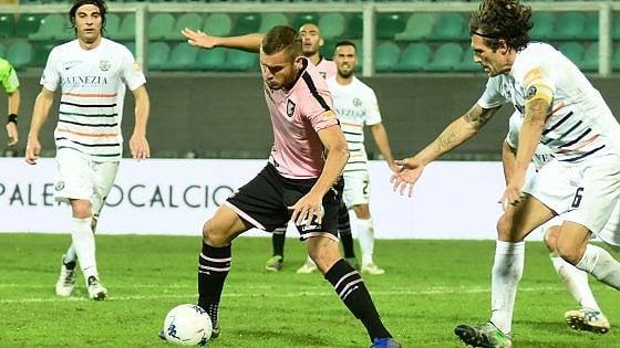 Doppietta di Puscas, prodezze di Brignoli: a Perugia il Palermo torna a vincere