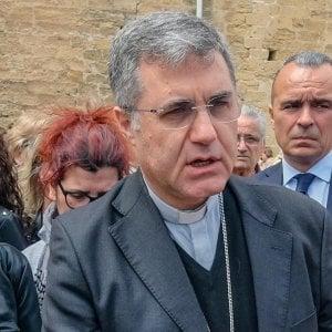 """Palermo, l'arcivescovo scende in campo per il migrante: """"Decreti disumani"""""""