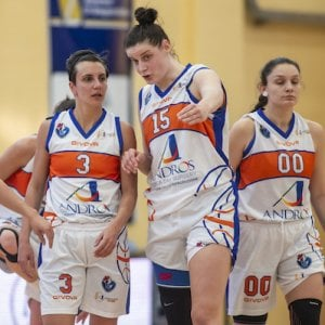 Basket, via alle semifinali play-off per l'Andros
