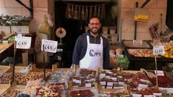 Palermo, un brand per il mercato del Capo: è già sui grembiuli dei venditori