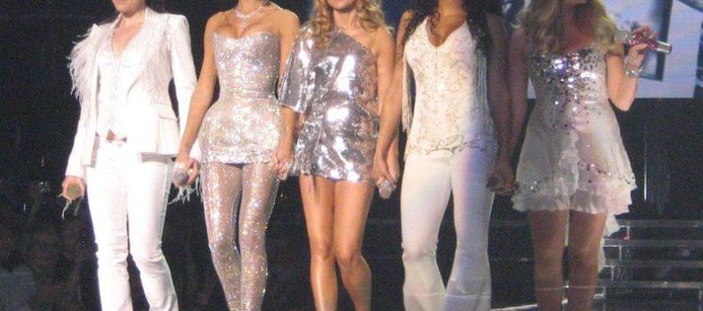 Spice Girls, prima del tour torna il greatest hits