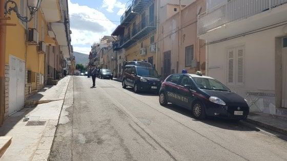 Terrasini, giallo su un anziano trovato morto in casa: ipotesi rapina